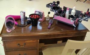 Elle's Desk, Legally Blonde, Barter Theatre
